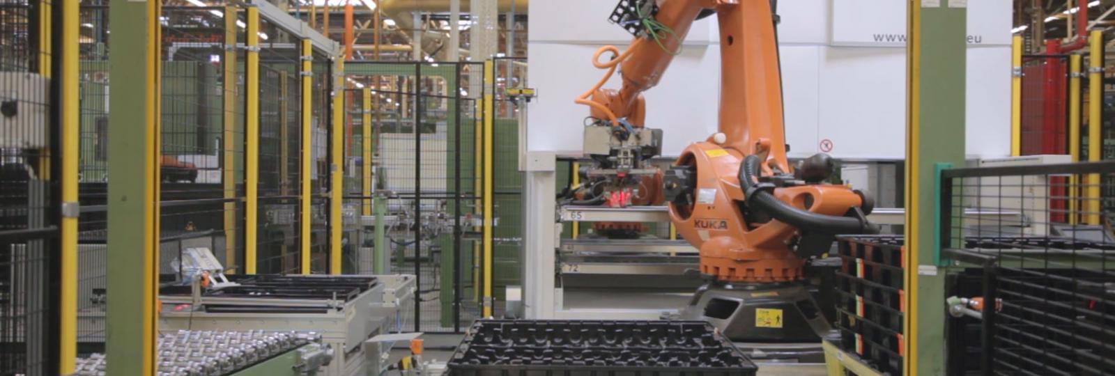 Lifts verticaux avec robots